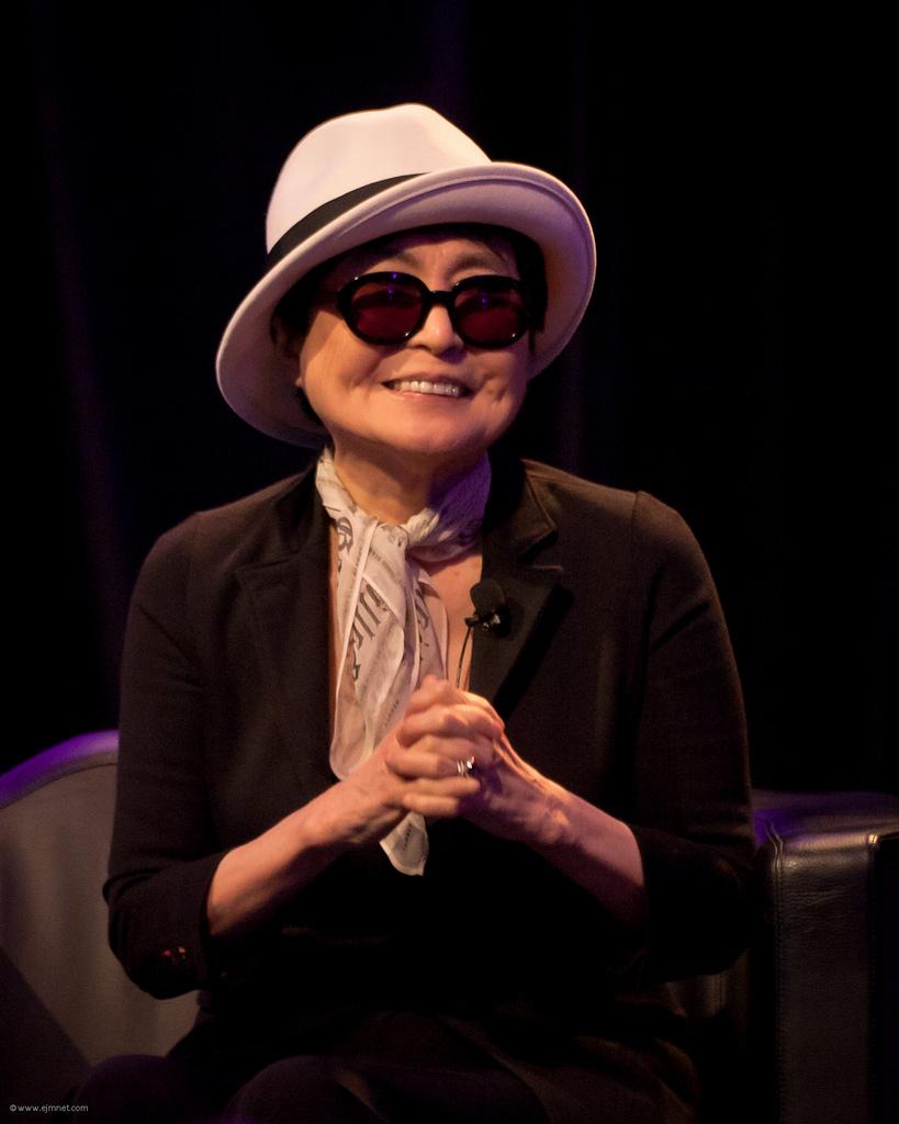 Yoko Ono convoca a mujeres latinoamericanas a muestra