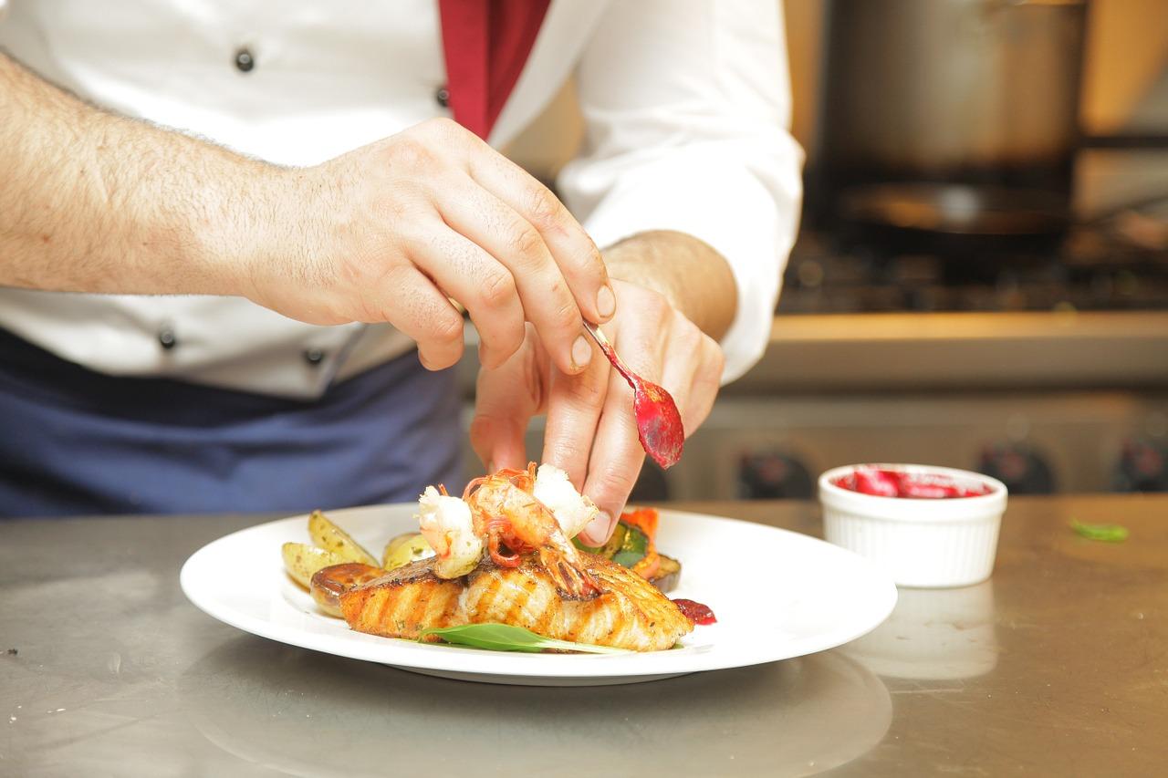 Beca en España, Máster en Artes Culinarias y Dirección de Cocina.